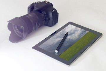 Landscape photography concept, DSLR, digital tablet