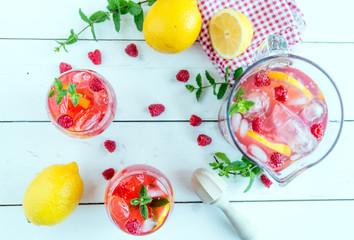 Fotobehang Vruchten raspberry lemonade