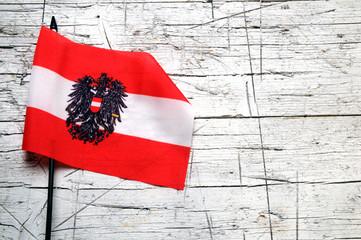 Flagge Österreichs Bandera de Bandiera dell'Austria Nationalflagge Flag of Austria Drapeau de l'Autriche Zastava Austrije Ausztria zászlaja Flaga Austrii