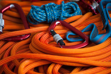 Photo sur Aluminium Alpinisme Equipment for mountaineering and rope.