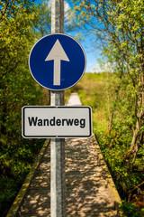 Schild 239 - Wanderweg