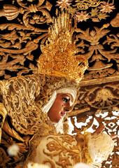 Virgen Esperanza de Triana, Semana Santa en Sevilla