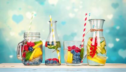 erfrischendes im Sommer - Detox Wasser