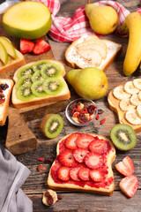 healthy breakfast toast
