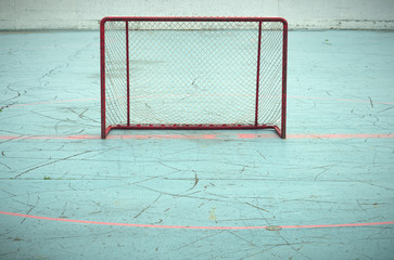 nobody playing hockey goal empty aspiration success