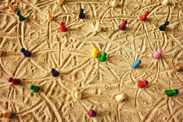 Network / Traces in the Sand