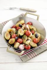 Rosemary Potatos with Cherry Tomatos, Calamata Olives and Garlic