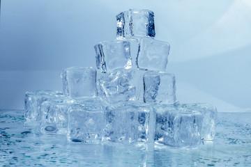Ice cubics