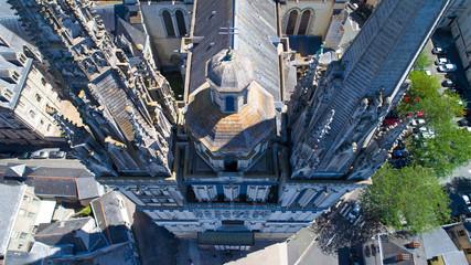 Vue plongeante sur la cathédrale Saint Maurice d'Angers, France