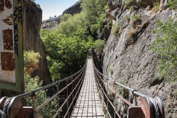Die Hängebrücke von Los Cahorros - in Monachil, Spanien