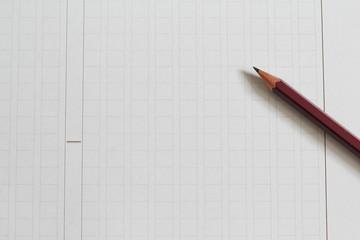 原稿用紙と鉛筆