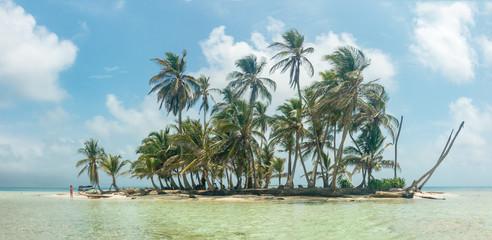 Paradisische Insel und Strand in Guna Yala, San Blas Inseln, Panama