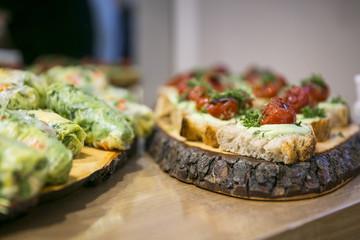 Catering / Belegte Brote mit Frischkäse und Tomate