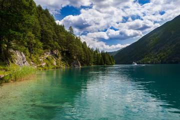 Weißensee in Österreich Alpen