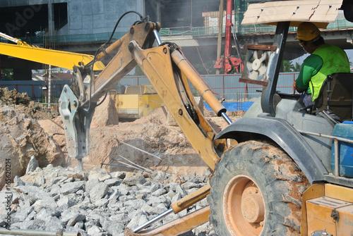 Concrete hacking machine used to crush waste concrete to