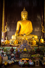 Statue of the sitting golden Buddha, Thailand