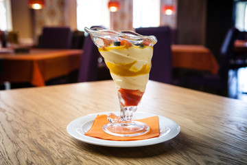 Mango and cottage cheese dessert