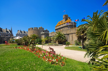 die Burg in Saint-Malo in der Bretagne, Frankreich - castle of Saint-Malo in Brittany