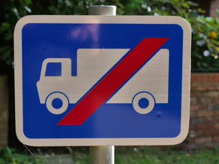 Uk no lorry road sign