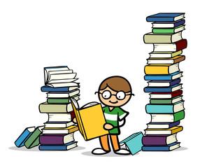 Kind mit Brille liest Buch vor Bücherstapel
