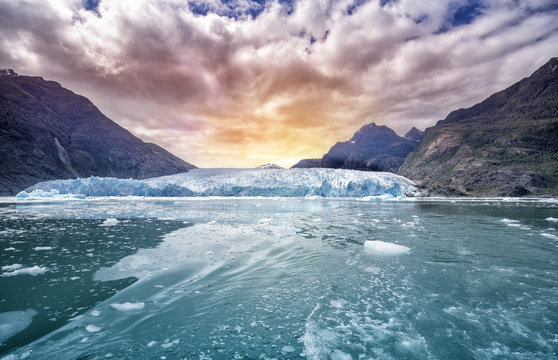 Glacier Bay National Park, for Glacier background landscape in Alaska