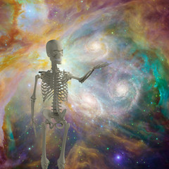 Skeleton holds light in deep space