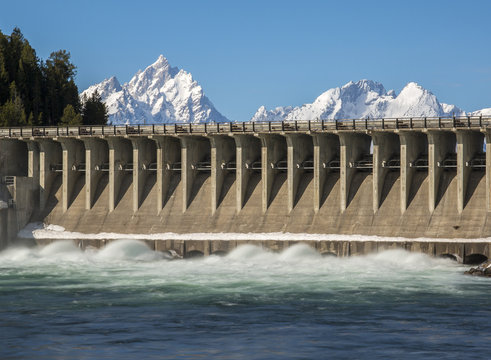 Jackson Lake Dam flowing water quickly in order to empty lake