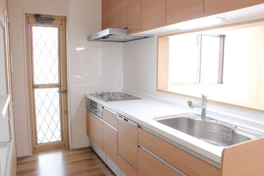 新築のキッチン