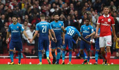 Arsenal vs SL Benfica - Emirates Cup - Pre Season Friendly Tournament