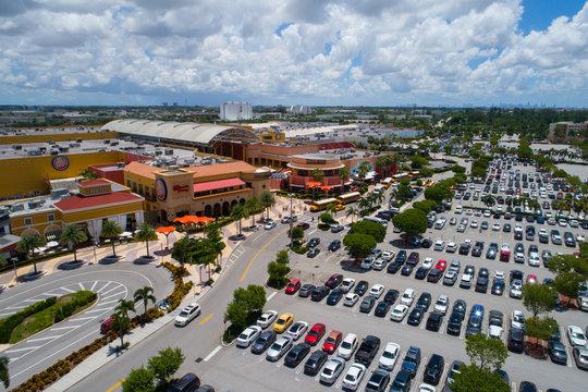 Dolphin Mall Miami