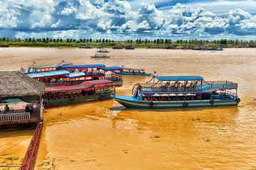LAKE TONLE SAP, COMBODIA Chong Knies Village, Tonle Sap Lake, the largest freshwater lake in Southeast Asia