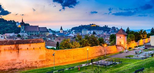 Fotomurales - Brasov, Romania, Transylvania - Medieval downtown