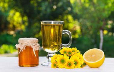 Flower tea, fresh honey and lemon. A natural pharmacy.