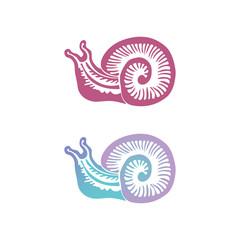 Набор из двух цветных логотипов с декоративным изображением улитки в стиле гравюры.