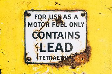 lead warning on gas pump