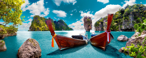 Aluminium Prints Beach Paisaje pintoresco de Tailandia. Playa e islas de Phuket. Viajes y aventuras por Asia