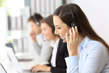 Teleoperator working at call center