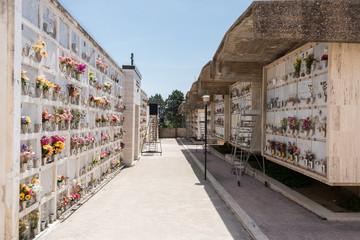 Kassettengräber auf dem Friedhof von Ispica Sizilien