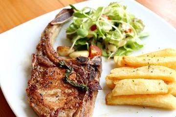 grill pork chops steak