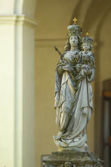 Sculpture of Saint Maria