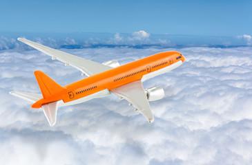 avion sur mer de nuages, concept voyages