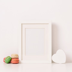 Empty frame and macaroons