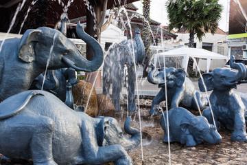 象の像の噴水