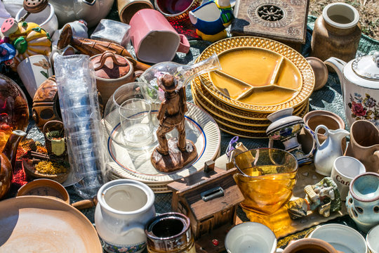 pile of household things and decorative objects at welfare