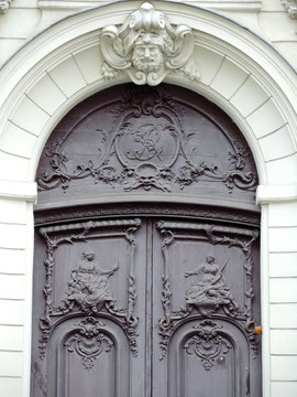 Porte ancienne de Paris