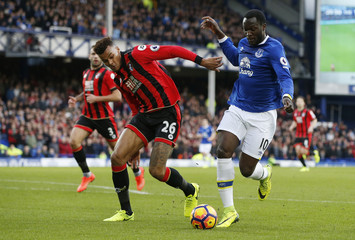 Everton's Romelu Lukaku in action with Bournemouth's Tyrone Mings