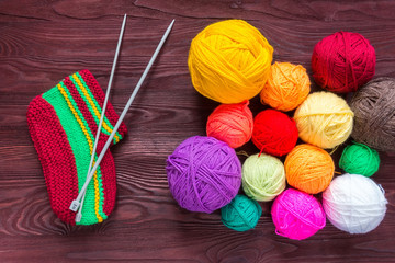 knitting needles with a ball