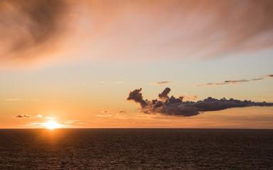 Fototapete - Sunset on Baltic Sea