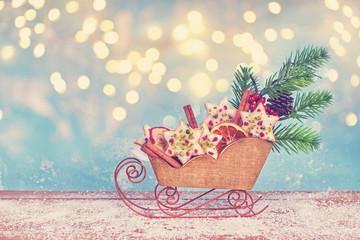 weihnachtliches Gebäck im Holzschnitten