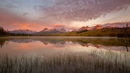 Little Redfish Lake sunrise in the Sawtooth mountains of Idaho Wall mural